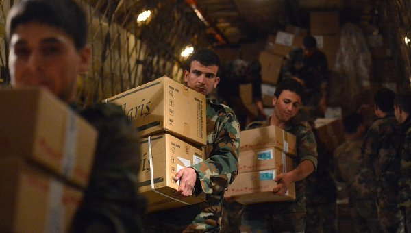 Россия за сутки раздала жителям Сирии около 2 тонн гуманитарки