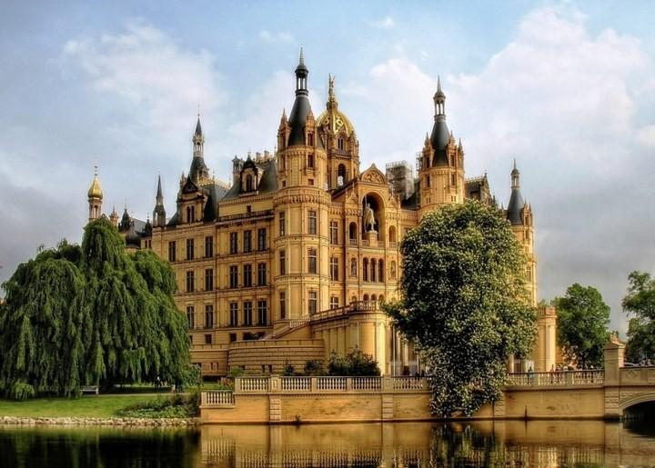 Самые знаменитые замки Германии… (12 фото)