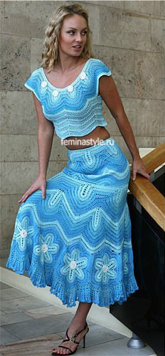 Джемпер в стиле фриформ и юбка