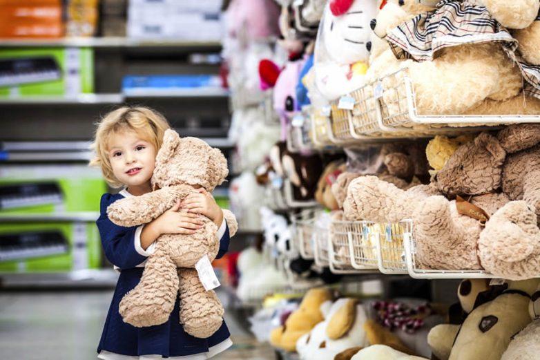 Как не допустить детских истерик в магазине?