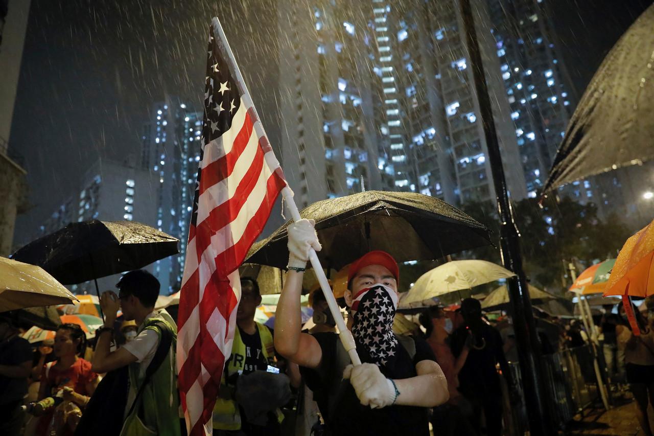 Американские элиты решили оторвать Гонконг от Китая