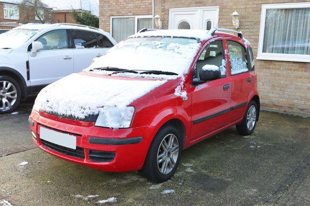 Народные советы «отморозкам». Как не дать машине замерзнуть?