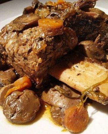 Говяжьи ребра с картошкой в мультиварке рецепт с фото