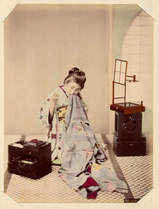 В японской культуре обыденным явлением бала временная жена, её мог получить в пользование и содержание иностранный подданный на время пребывания в Японии.
