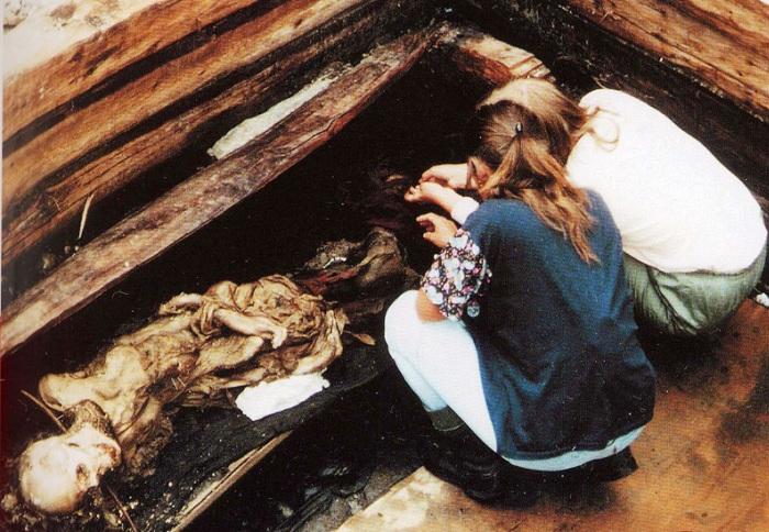Такой увидели алтайскую мумию нашедшие ее археологи.