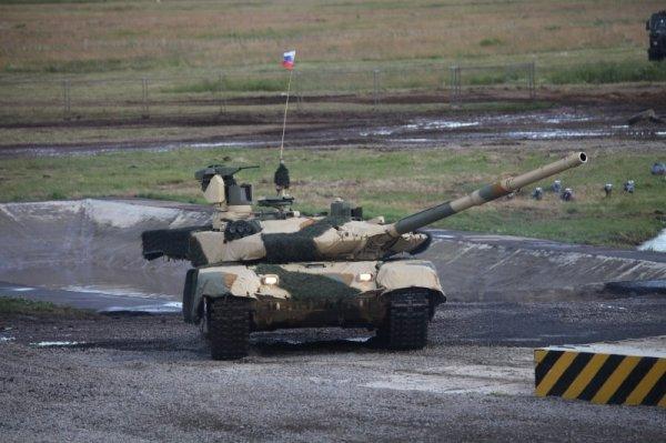 С Днем танкиста! — самые зрелищные кадры из новейшей истории танковых войск