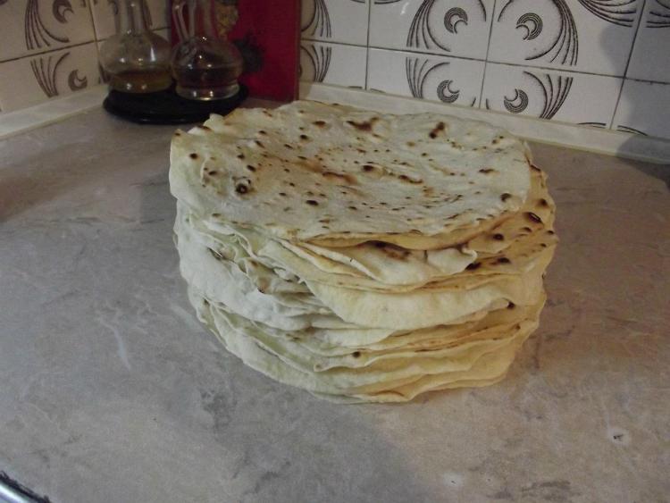 Тонкий лаваш на сковороде: н…