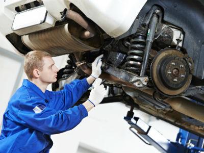 Власти могут ввести штраф за управление машиной без техосмотра