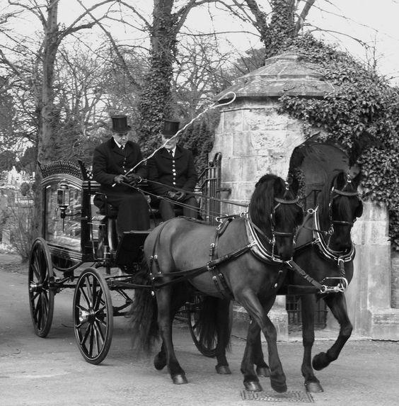 Конные катафалки викторианской эпохи