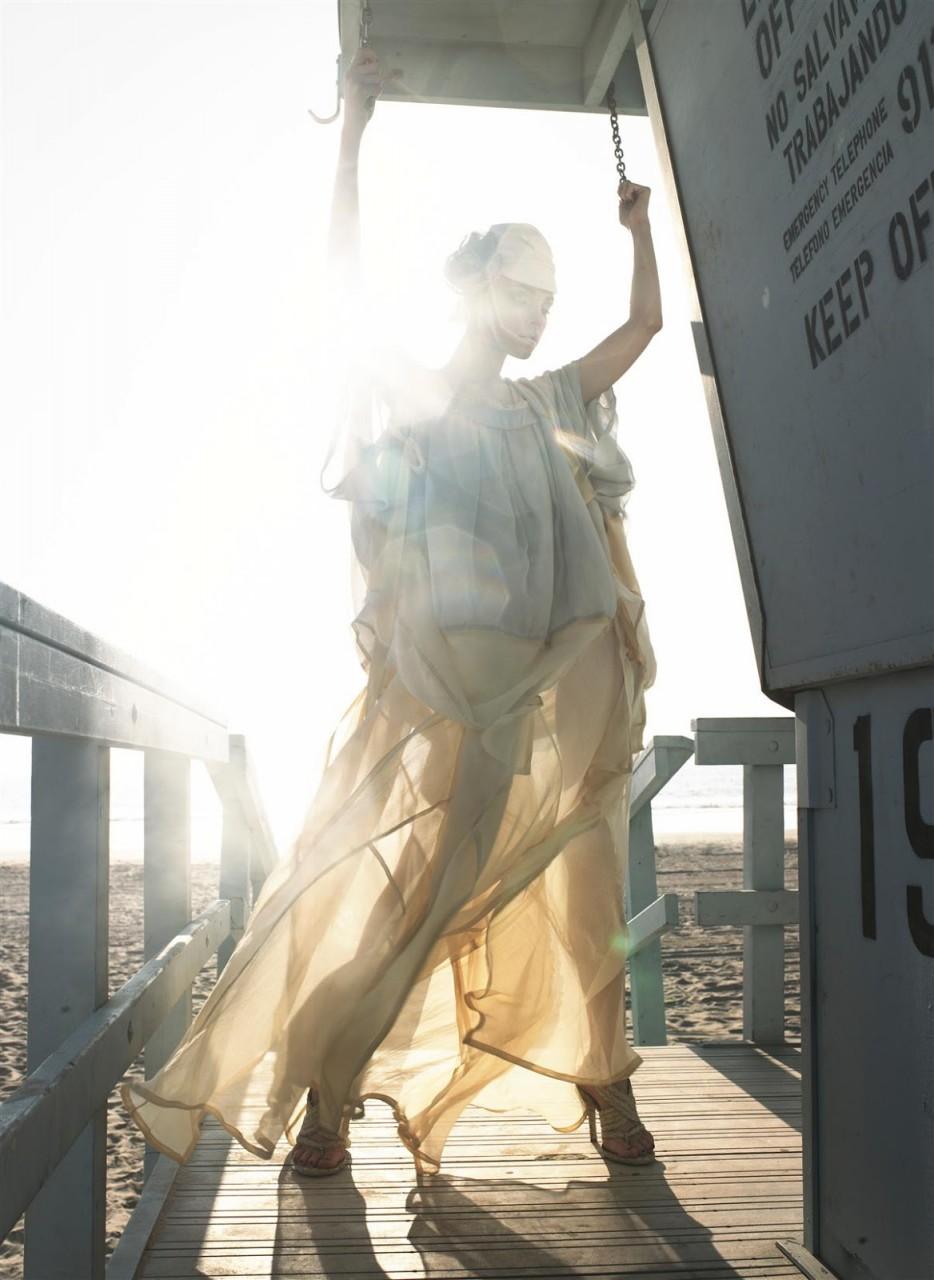 Джессика Стэм  в фотосессии Сольве Сундсбо  для журнала Harper's Bazaar US февраль 2007