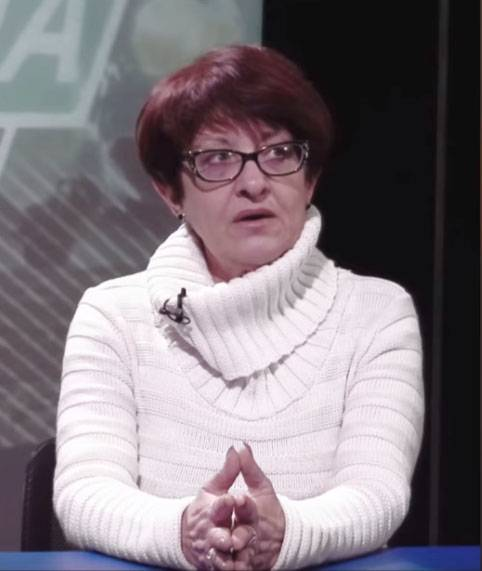 Своих бросаем - журналистку Елену Бойко везут во Львов