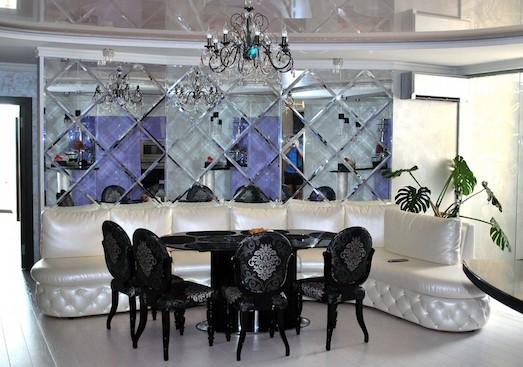 Зеркальная плитка - вариант расширения пространства