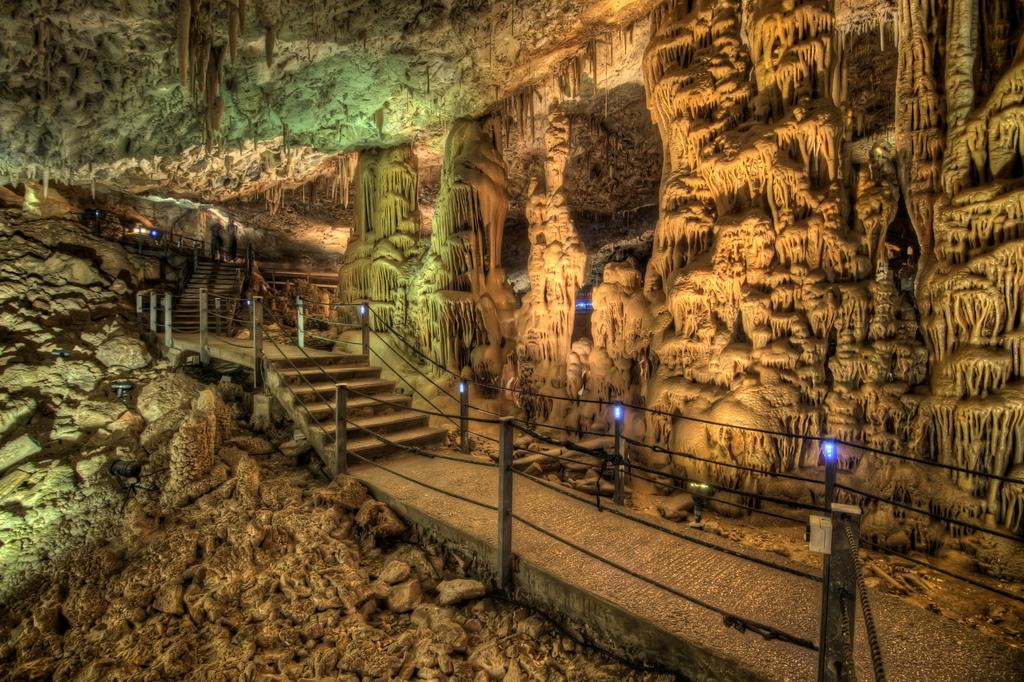 The Soreq Stalactite Cave in Israel5 Сталактитовый Израиль. Пещера Сорек