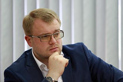 В Крыму назвали обещания Киева о безвизовом режиме «бусами для папуасов»