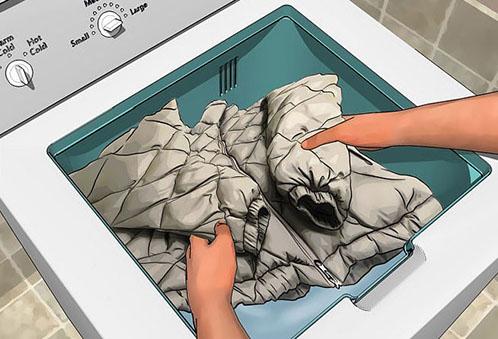 Как быстро высушить пуховик после стирки и не испортить его?