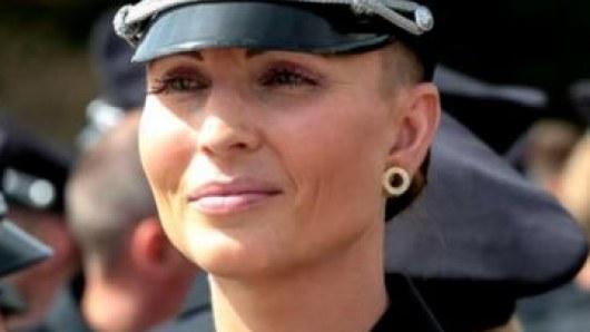 Красотка-патрульная умерла в Киеве после плевка в лицо