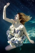 Дрю Бэрримор (Drew Barrymore) в фотосессии Алексея Хэя (Alexei Hay) для журнала ELLE (2009)