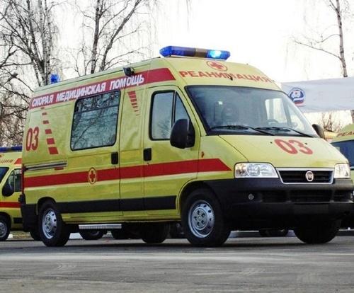 На юго‑востоке Москвы автомобиль врезался в нежилое здание