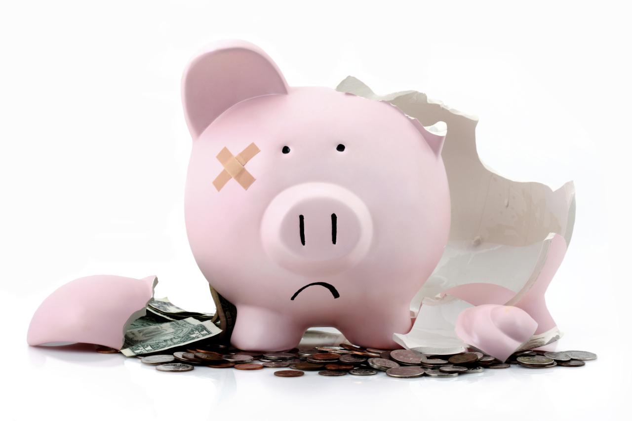 Дефицит бюджета сжигает Резервный фонд страны и вскоре переключится на ФНБ