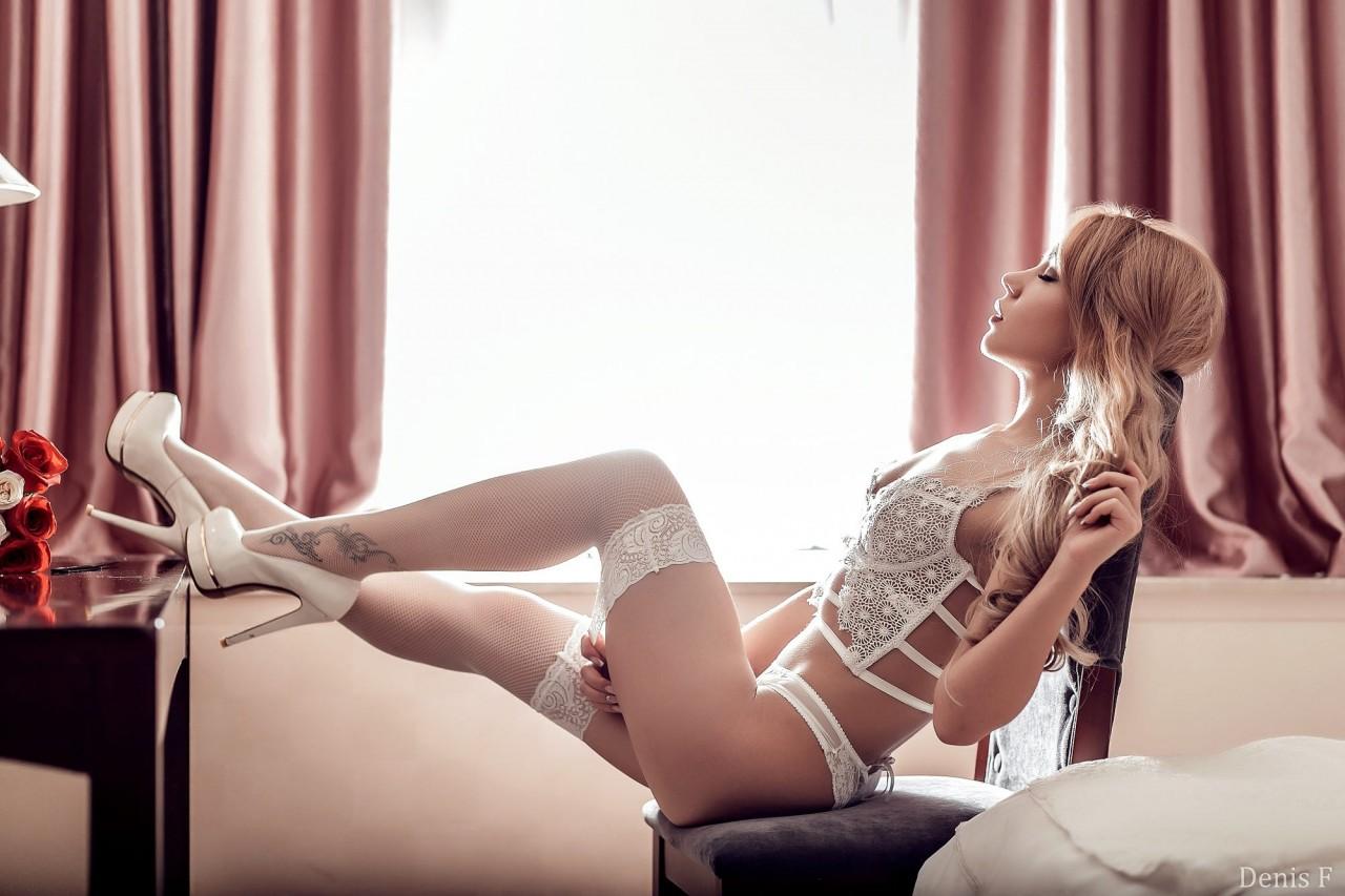 erotika-chulki-fotografii