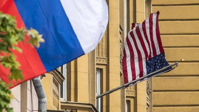 США объявили об остановке выдачи виз по всей России