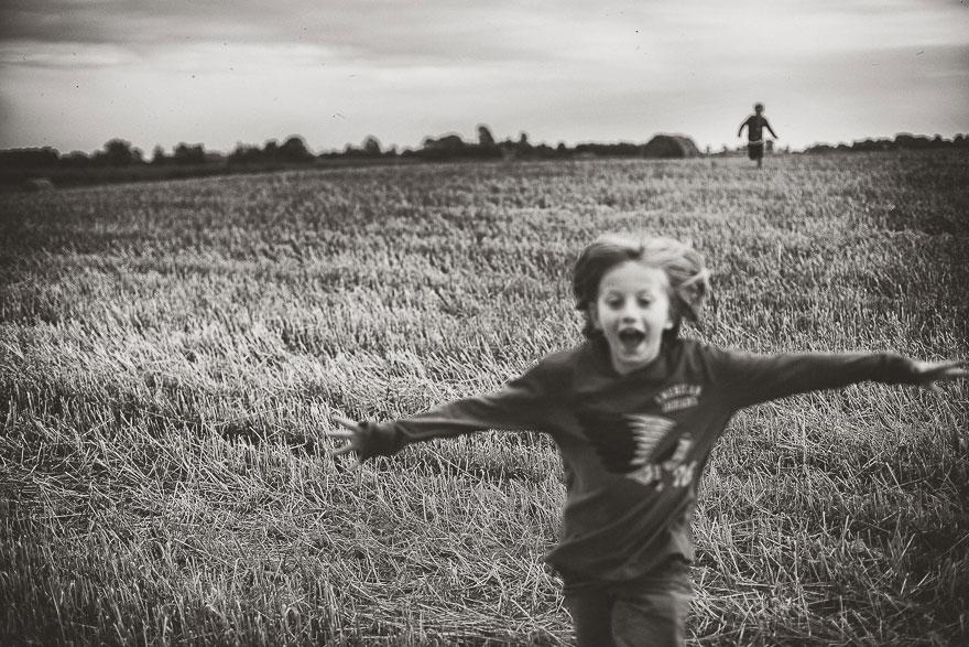 Летние каникулы в польской деревне - чёрно-белые фото-30