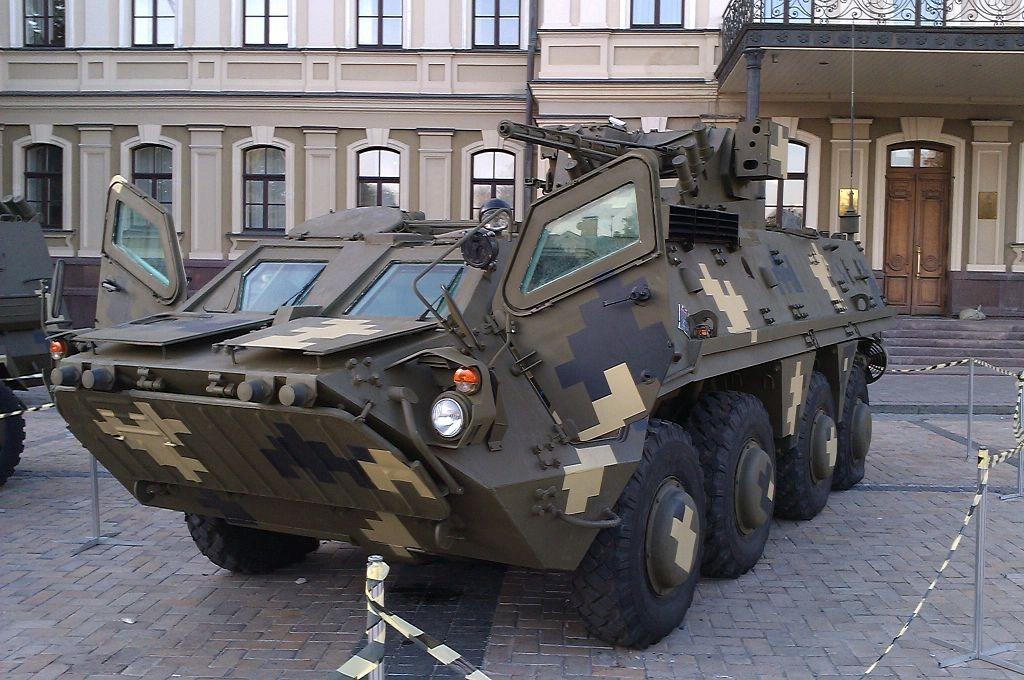 Даже не тронулись: провал новых украинских БТР-4 в Ираке