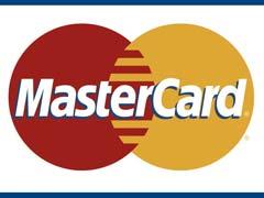 MasterCard представила пластиковую карту со встроенным дисплеем