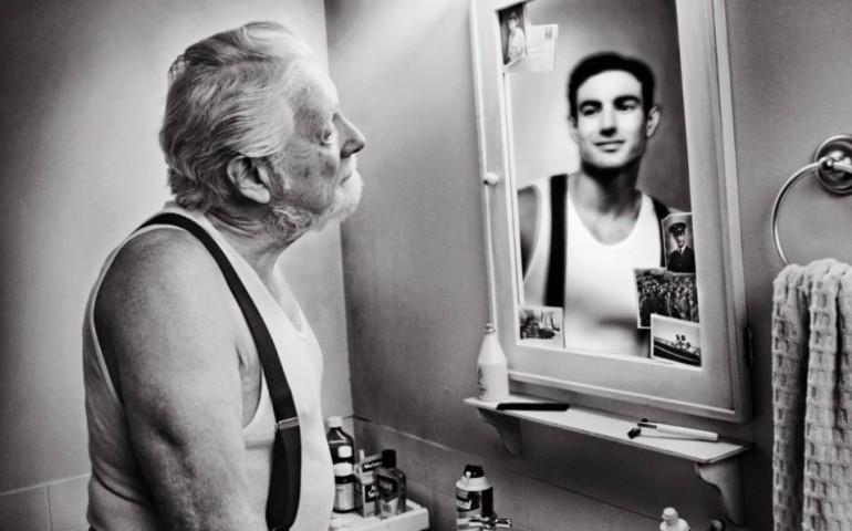Мы стареем не от старости
