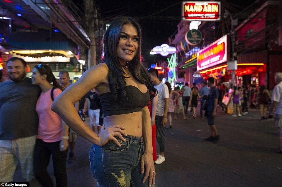 Любовь по расчету — ночь в таиландском квартале красных фонарей