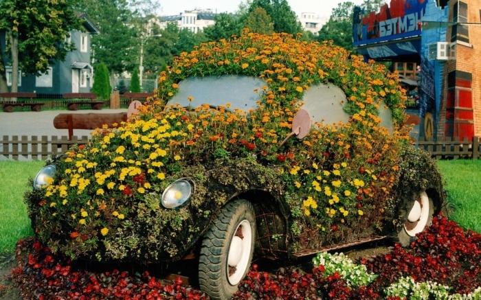 20 оригинальных цветников, которые украсят любой загородный участок