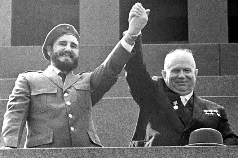 Как СССР боролся с США за независимость Кубы