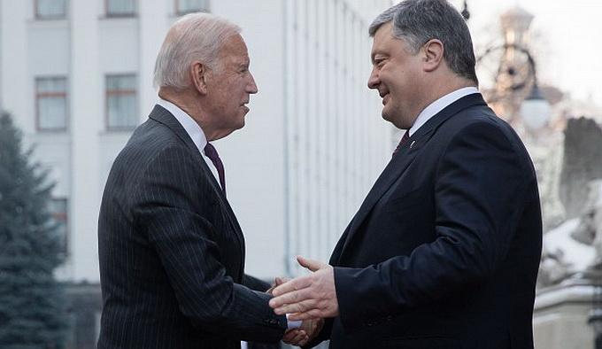 Порошенко — Байдену: Украина никогда не вернется в стойло Российской империи