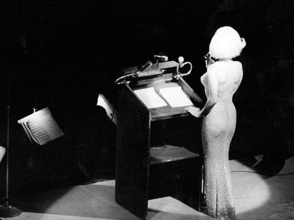 Тайна самого знаменитого «голого платья» Мэрилин Монро раскрыта!