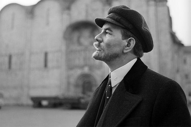 «Ленина больше никому не давать!». Как Юрий Каюров 18 раз сыграл Ильича
