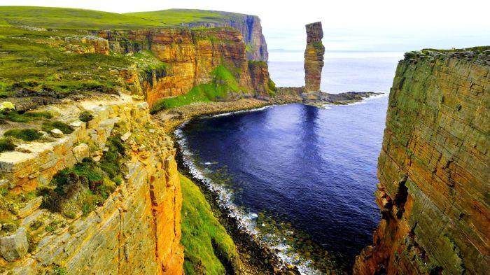 Невероятные пейзажи Шотландии. / Фото: paper4pc.com