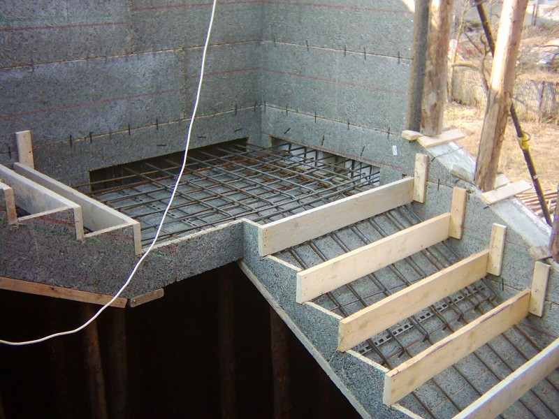 Своими руками бетонная лестница в частном доме