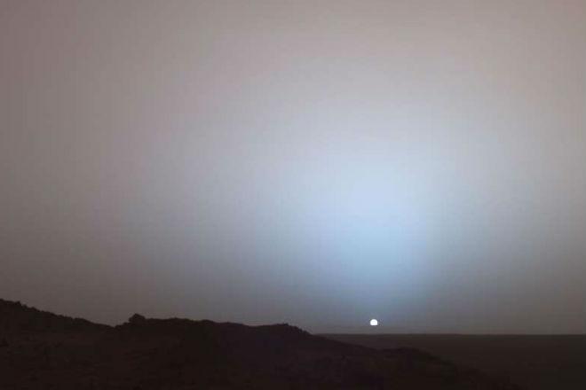 Почему на Марсе закат голубого цвета