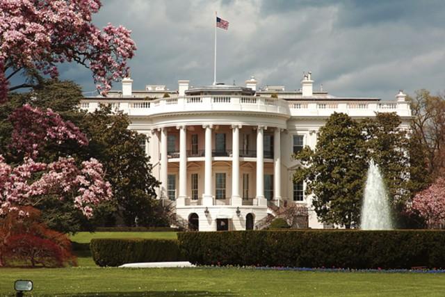 Белый Дом поддержал новые са…