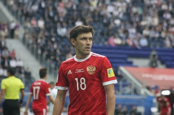 Депутат Лебедев объяснил свой призыв избить футболиста Жиркова