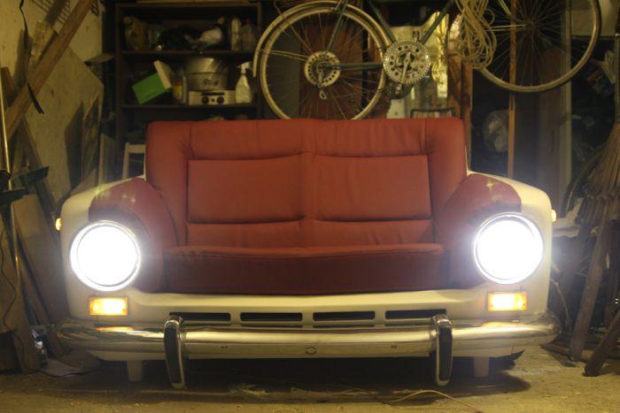 Эксклюзивный диван из ВАЗ-2101 (12 фото)