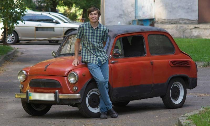 Студент из Киева превратил старый «Запорожец» в электромобиль