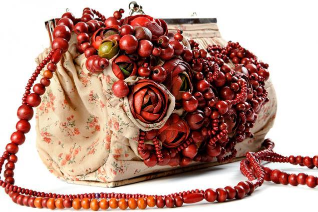 Цветочные сумочки и украшения от Claudia Chindea