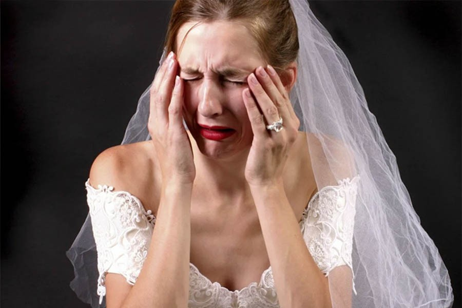 Наказал невесту за то, что не дождалась