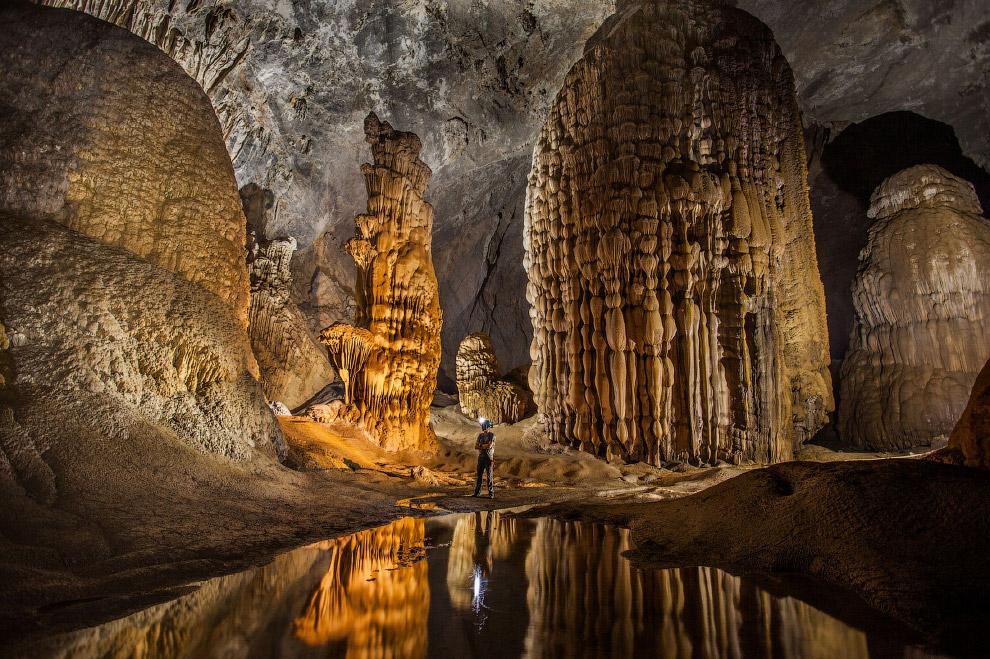 Это Шондонг — самая большая пещера в мире
