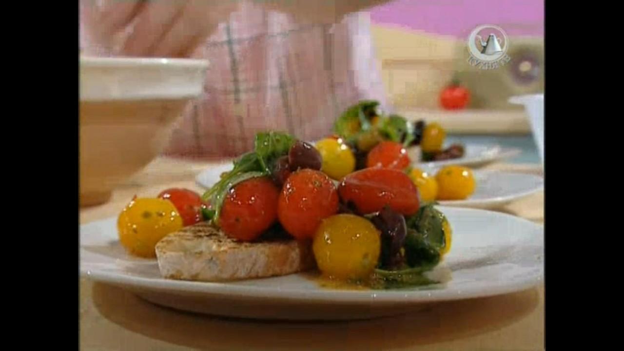 Готовим с Джейми Оливер. 4 серия. Минсболлы, домашний хлеб, салат с оливками и мацарелой