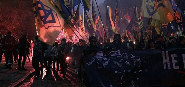 «Фашизм заполнил все ветви власти Украины»