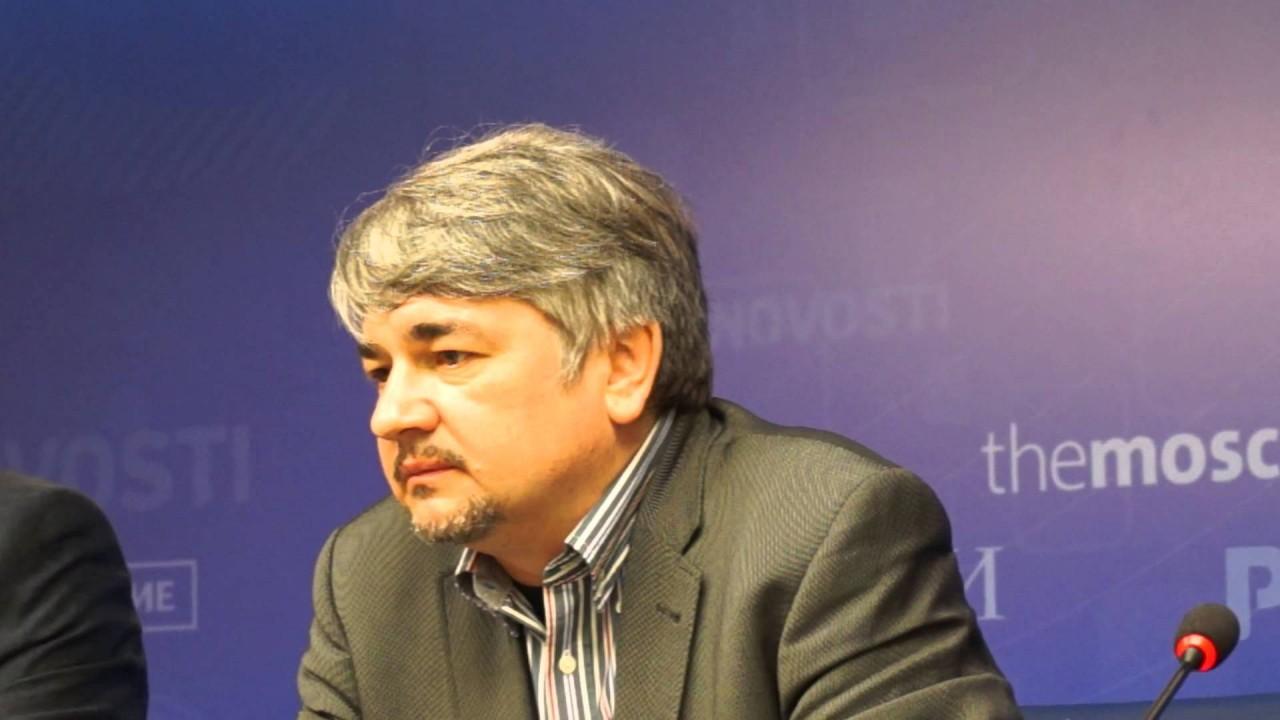 Ростислав Ищенко: Запад засуетился, пытаясь выкрутиться из ситуации с Украиной