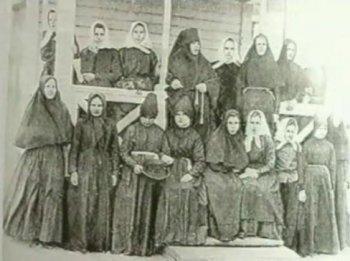 Первые инокини монастыря