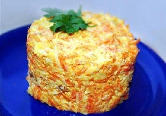 С таким ужином можно о фигуре не волноваться — легкий салатик из морковки с сыром